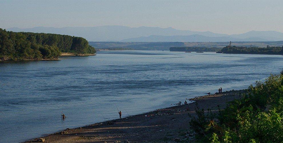 Река ДУНАВ – риболов на дъно